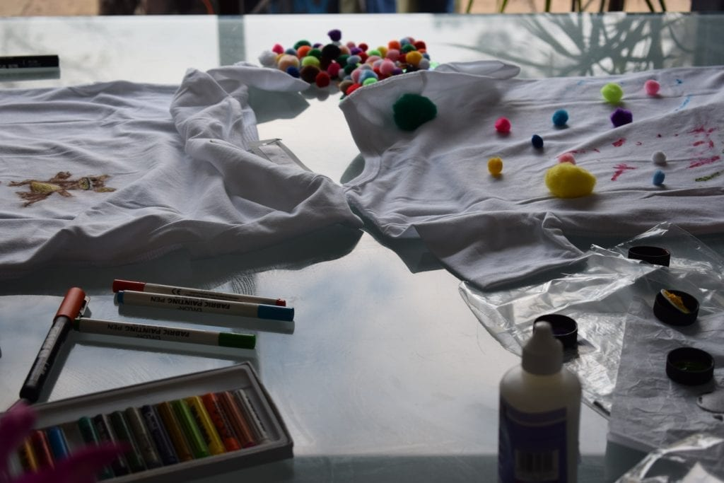 decorate t shirt with paint
